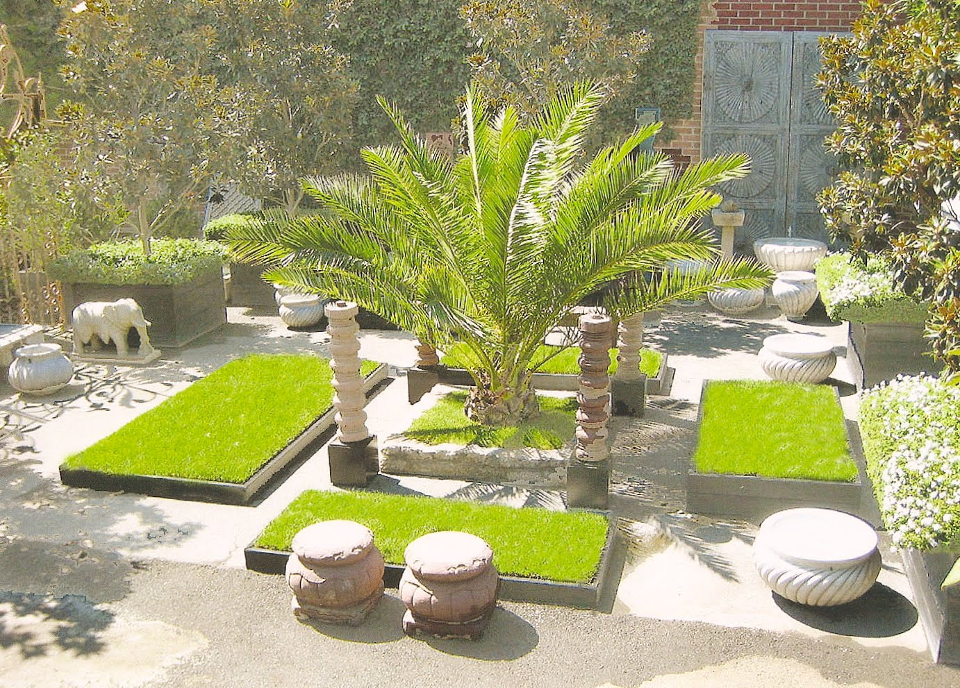 Image of: Design Ideas For Garden In Courtyard Home Trendy
