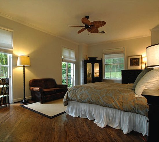 Bedroom Suite In Taylor Swift New House