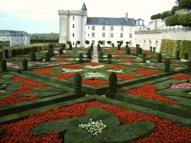 Remarkable Castle Flower Garden 640 x 480 · 396 kB · jpeg