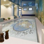 swimming pool decorating ideas with beautiful mosaic glass