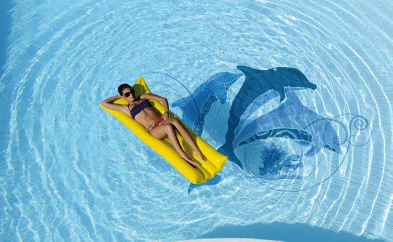 swimming-pool-with-dophins- ...