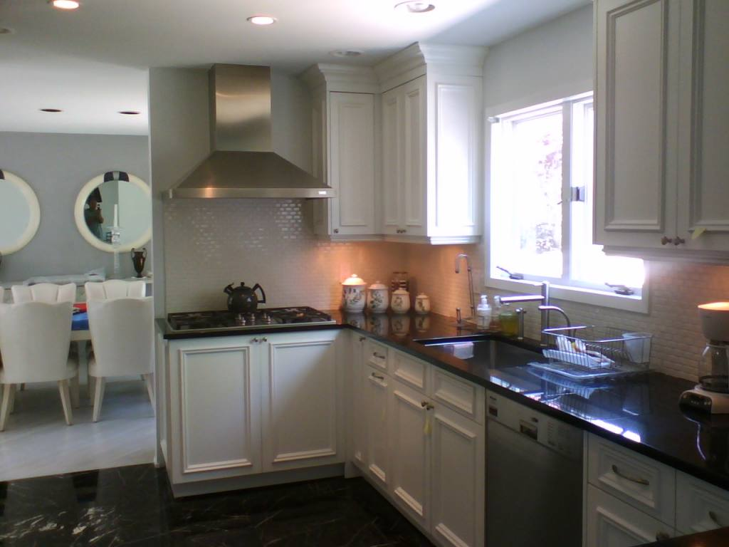 Remarkable Painted Kitchen Cabinets with White 1024 x 768 · 77 kB · jpeg