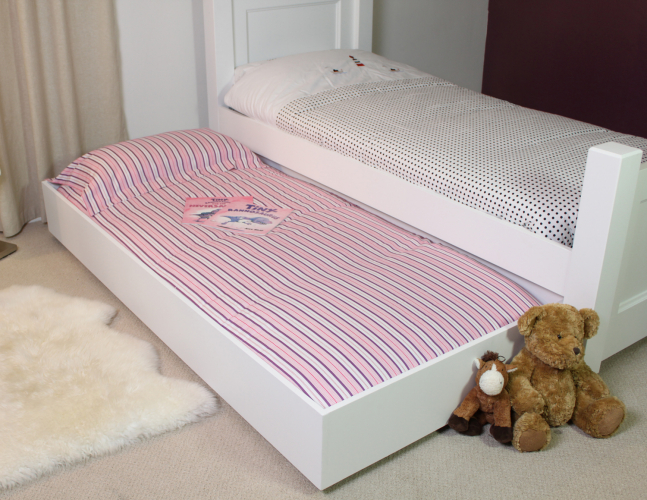 Cheap trundle bed ikea home trendy for Trundle mattress ikea
