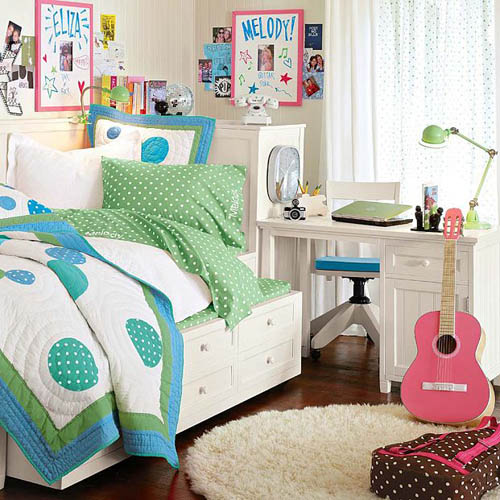 Cute dorm room decorating ideas home trendy for Cute dorm bathroom ideas