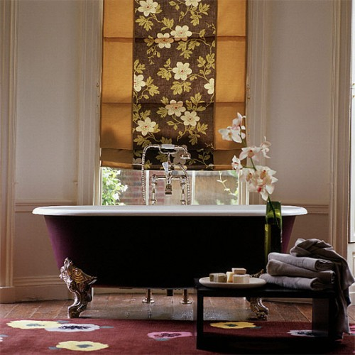 floral bathroom suites