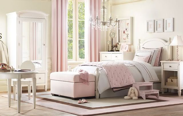 Cream And Pink Bedrooms For Teenagers