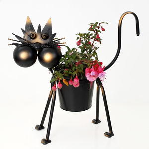 metal animal shaped planters